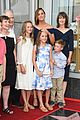 jennifer garner poses three kids walk of fame ceremony 08