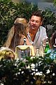 ryan seacrest girlfriend shayna taylor dinner with friends 06