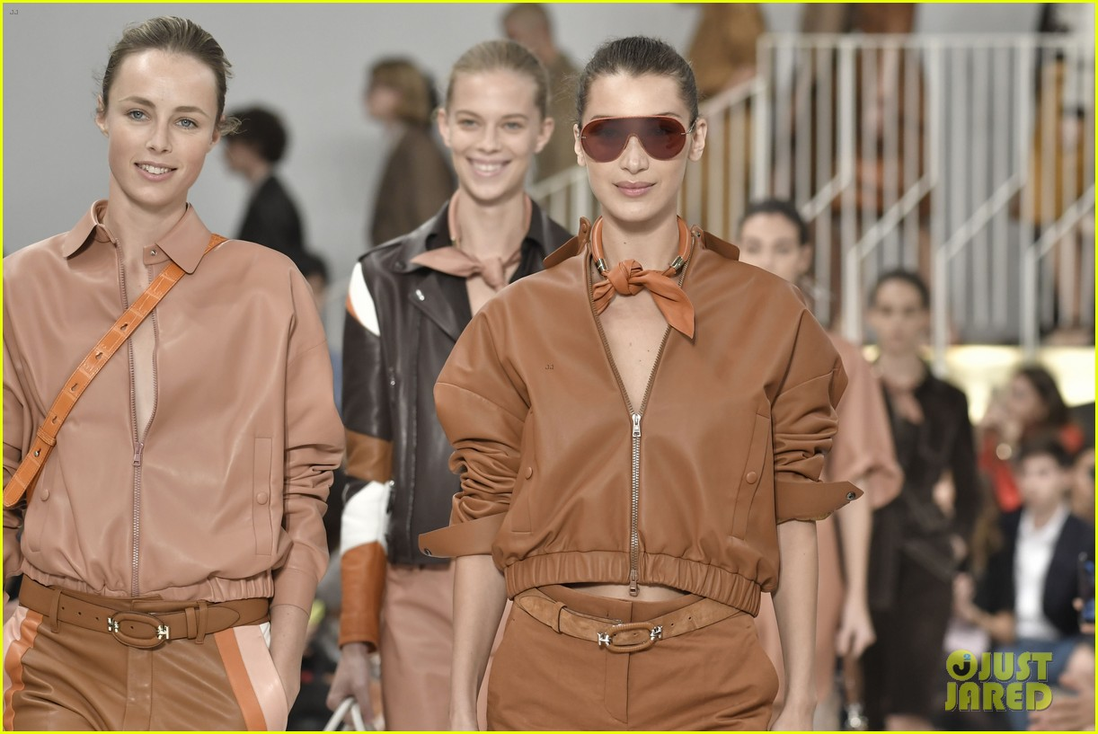 gigi and bella hadid strut their stuff in tods milan fashion week show2 22