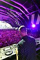 jeremy renner debuts heaven with sam feldt at life is beautiful festival 04