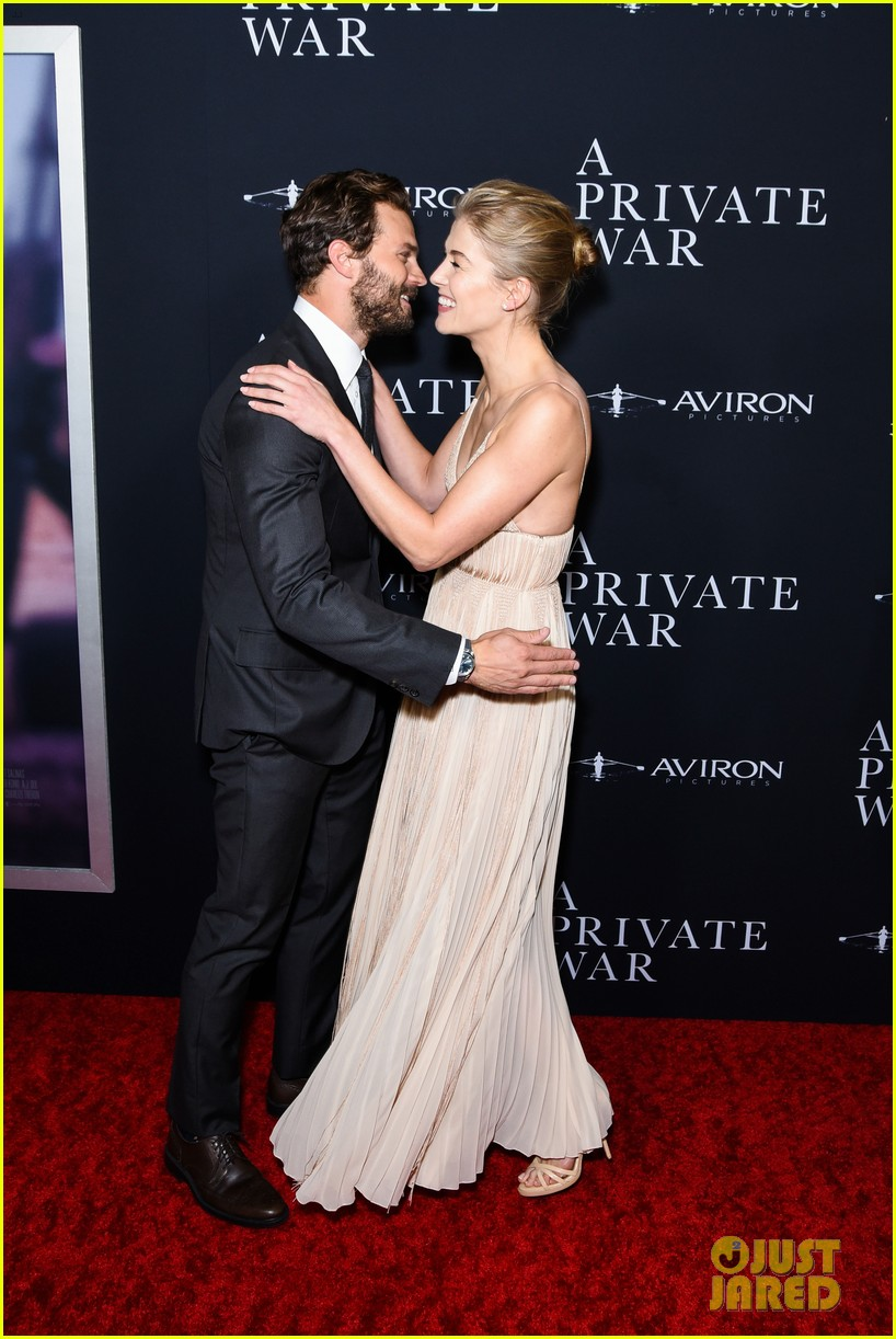 jamie dornan rosamund pike step out for a private war los angeles premiere 01