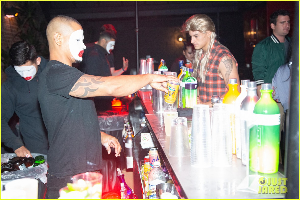 adam lambert leona lewis just jared halloween party 02