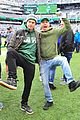 justin long and billy magnussen team up for new york jets football game01