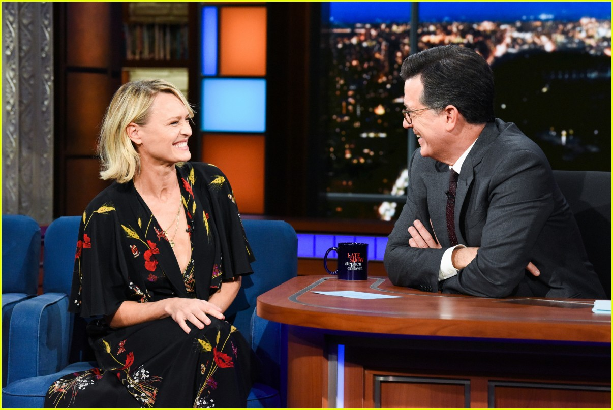 robin wright colbert late show 03