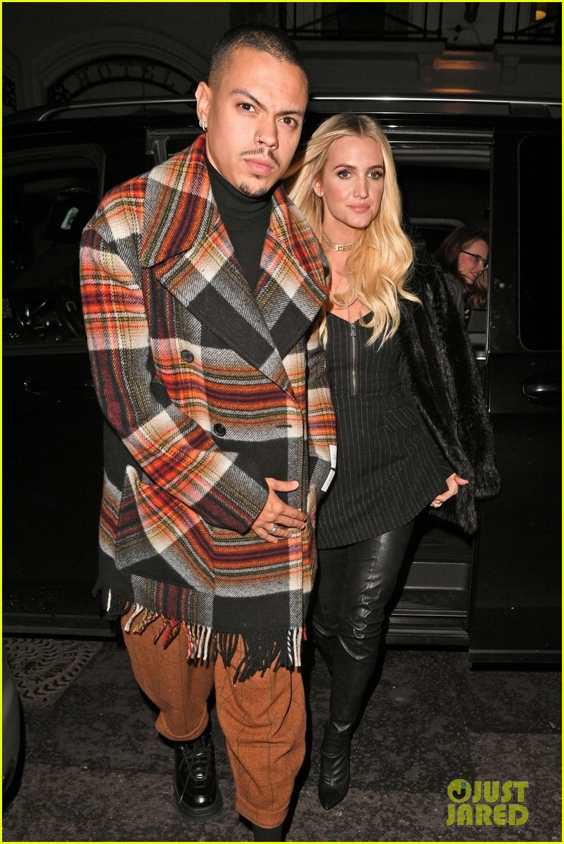 ashlee simpson evan ross out in london 03