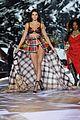 kendall jenner victorias secret fashion show 27