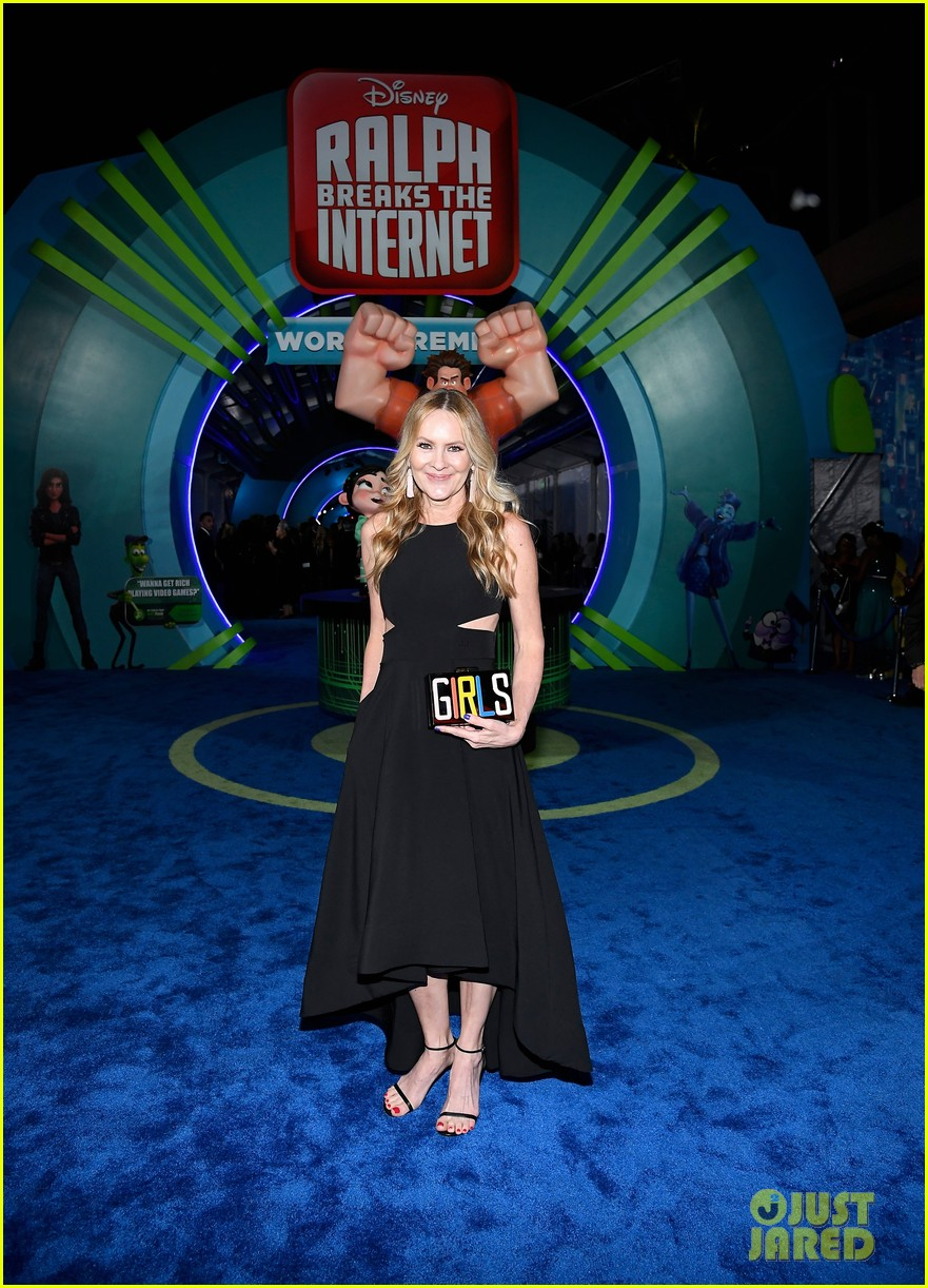 mandy moore taraji p henson and sarah silverman ralph breaks the internet world premiere 41