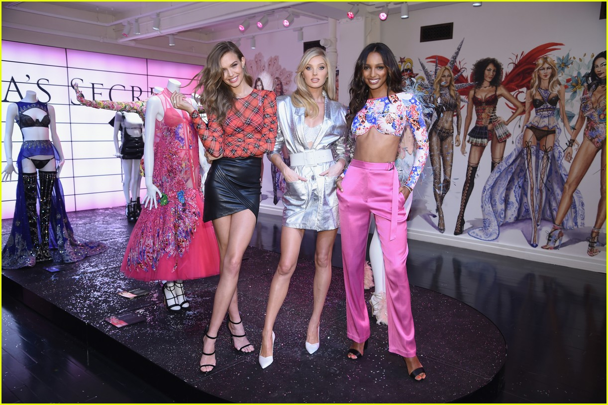 Victorias Secret Show 2018 >> Full Sized Photo of victorias secret november 2018 00 | Photo 4189976 | Just Jared