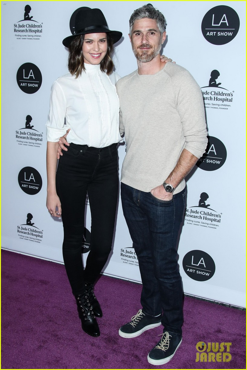 kate beckinsale gavin rossdale more support l a art shows opening night gala 02