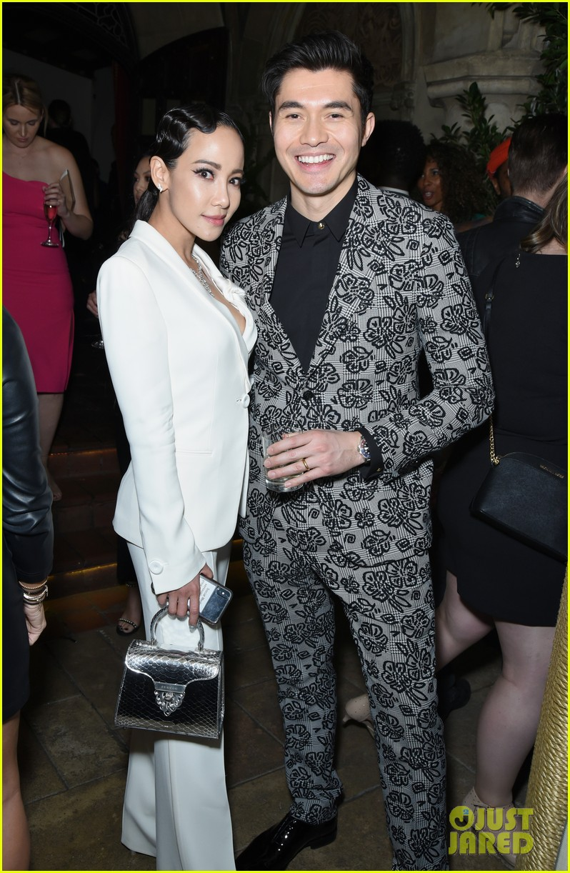 darren criss henry golding looks so suave at ew pre sag party 19