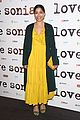 freida pinto dons bright yellow dress at love sonia uk premiere 10