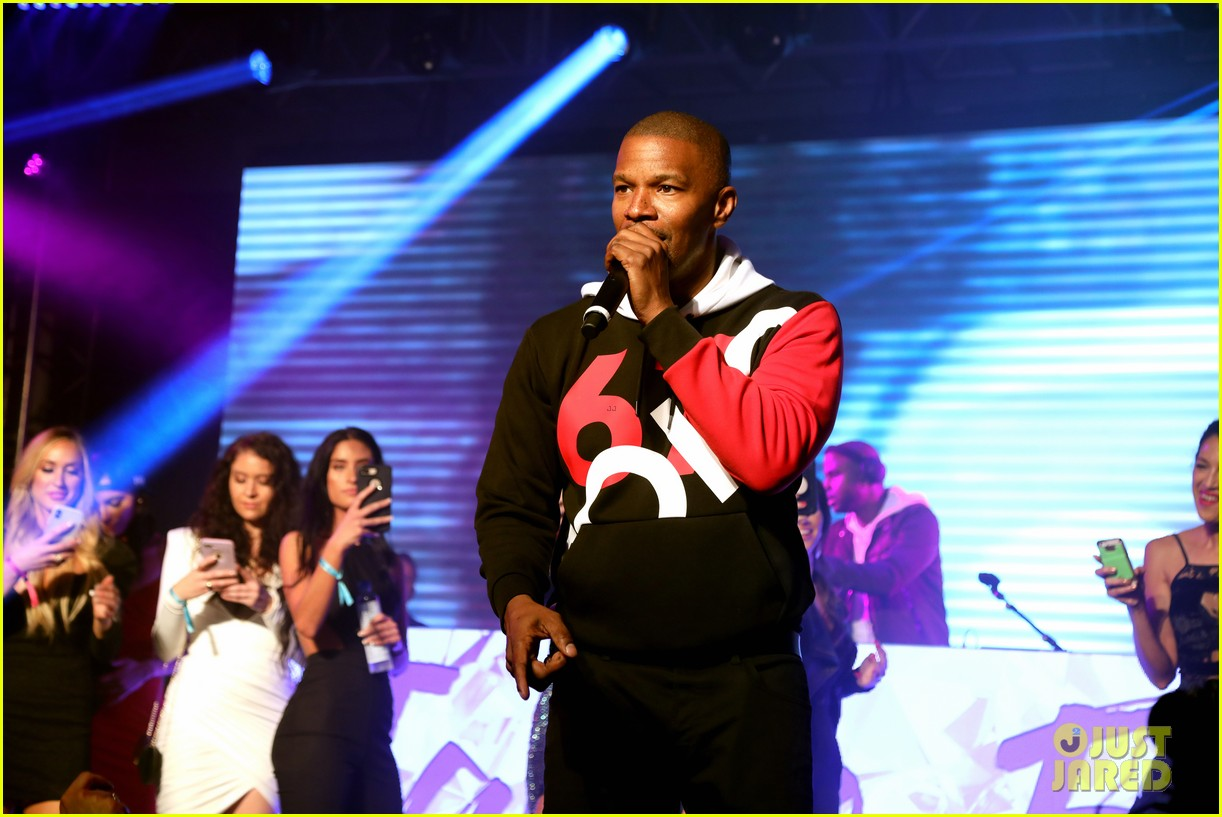 jamie foxx future take stage at maxim experience party during super bowl weekend 06