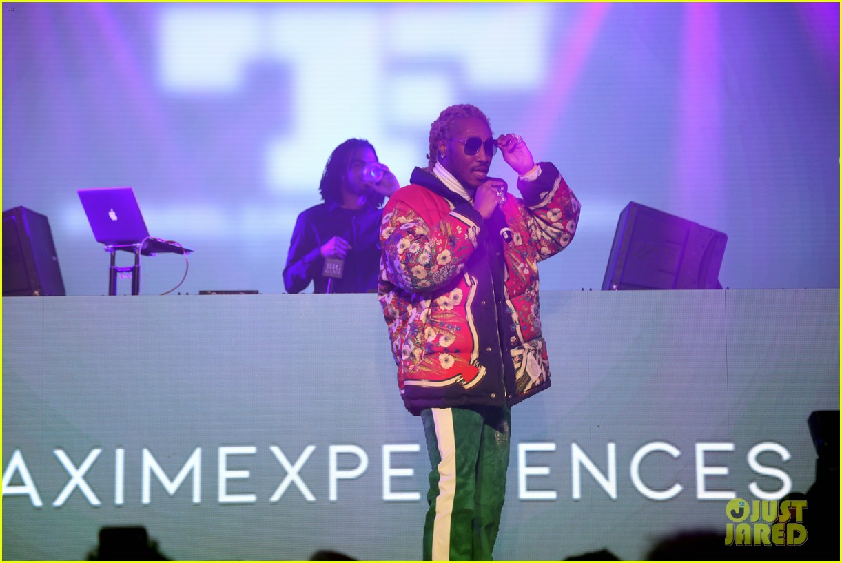 jamie foxx future take stage at maxim experience party during super bowl weekend 07