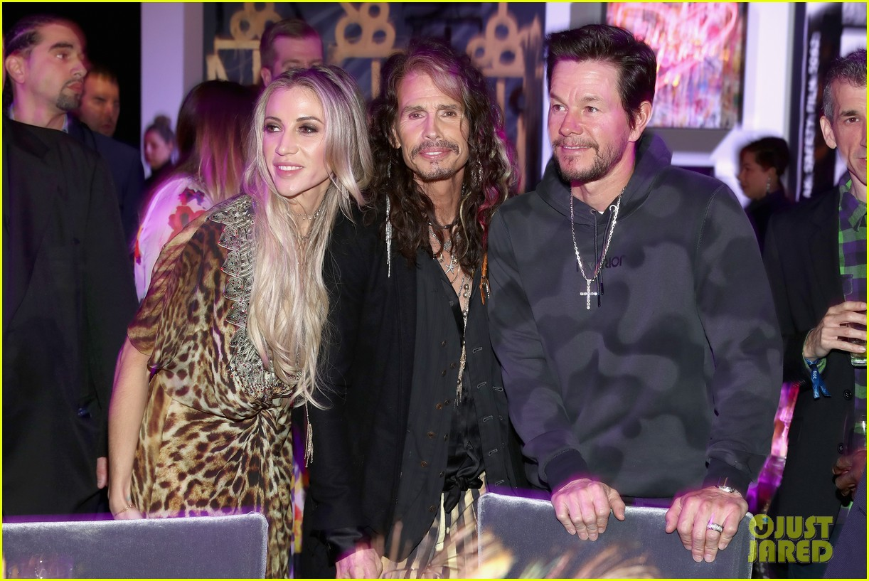 mark wahlberg steps out for steven tyler grammy viewing party 11