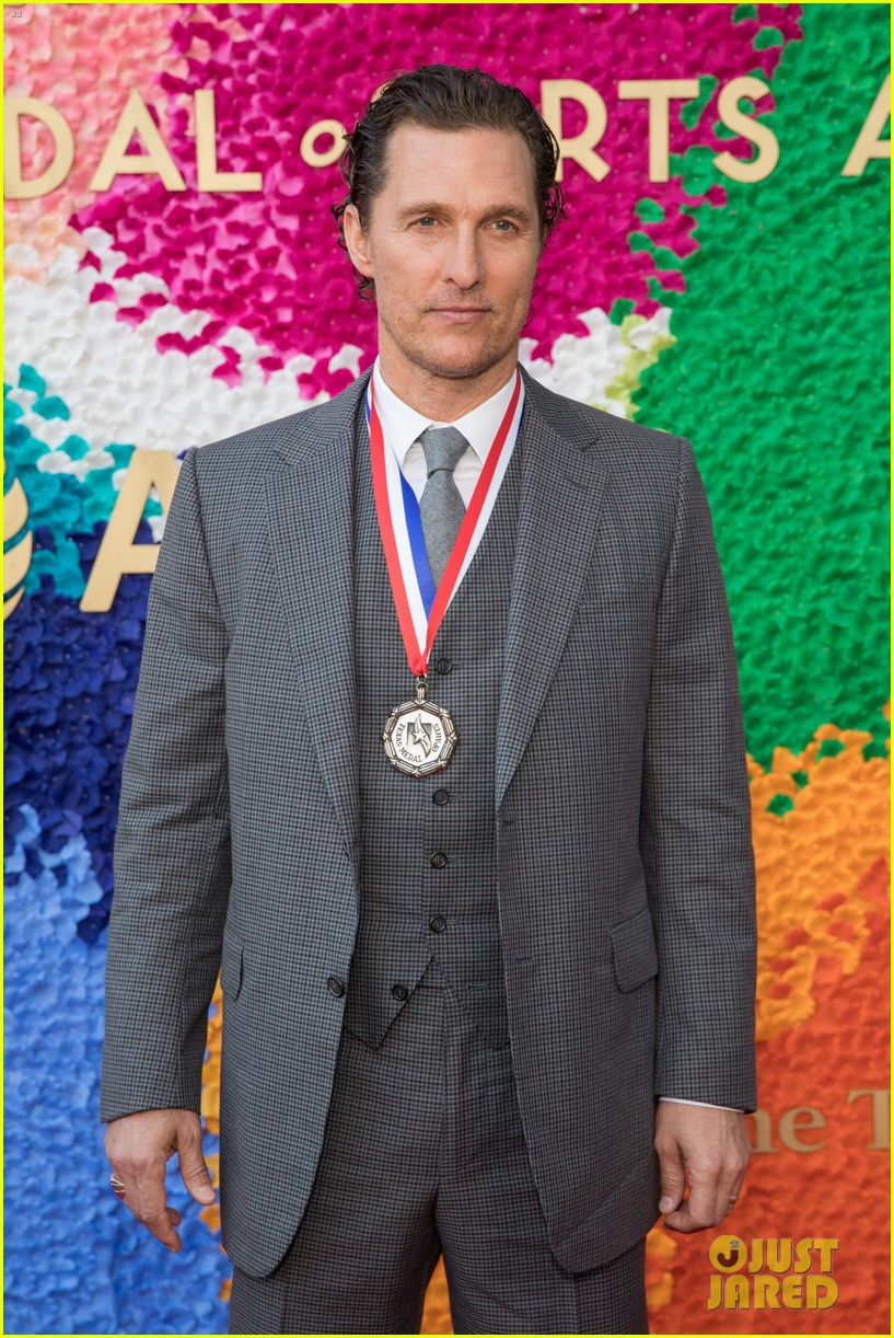 matthew mcconaughey gets honored at texas medal of arts awards with family by his side 03