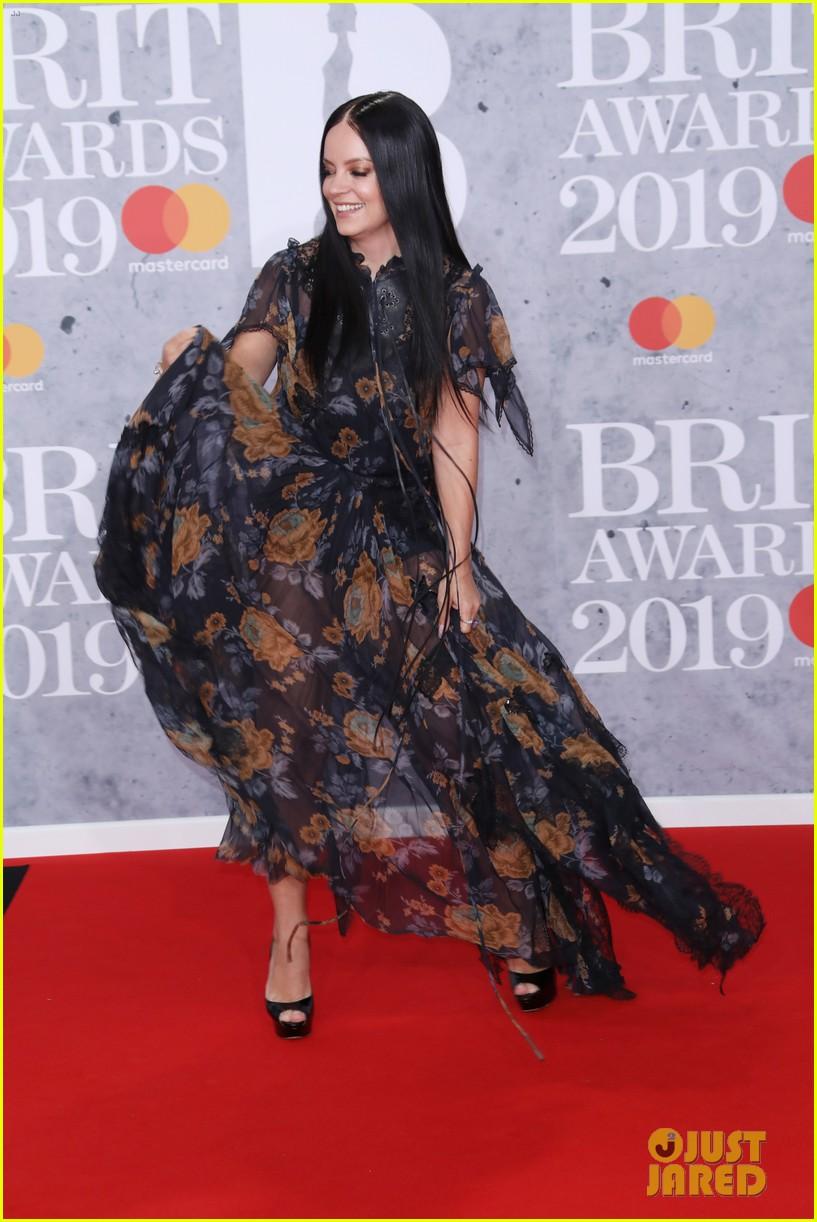 florence welch lily allen brit awards 2019 01