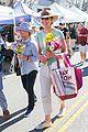 allison janney buys flowers at farmers market in studio city 01