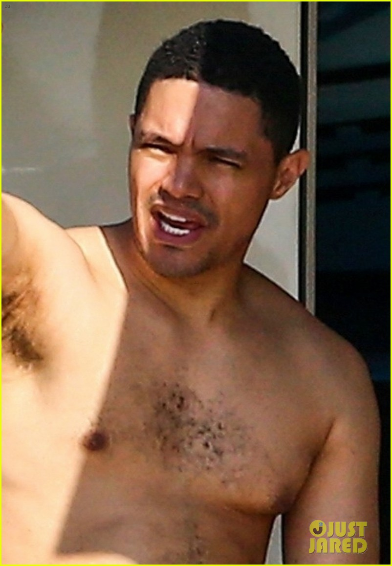 trevor noah goes shirtless on yacht in miami 02