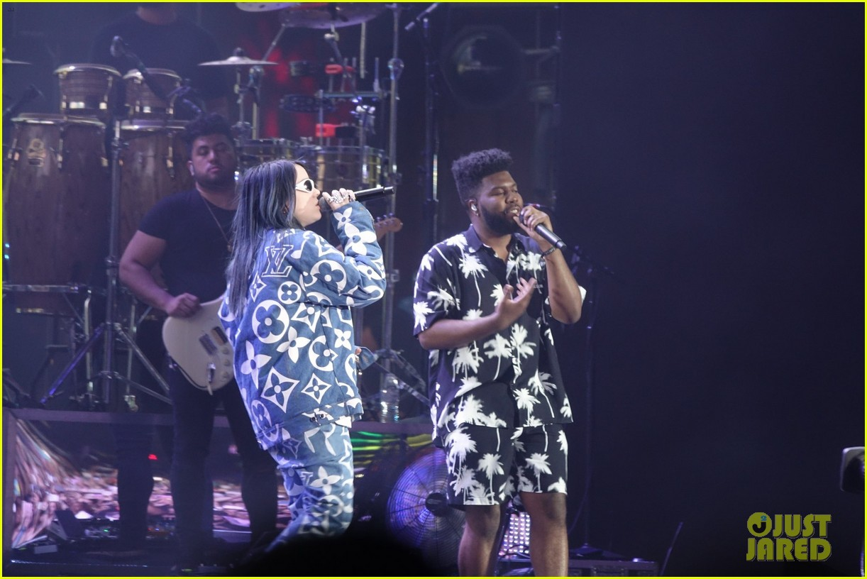 khalid brings out famous friends for coachella set 17