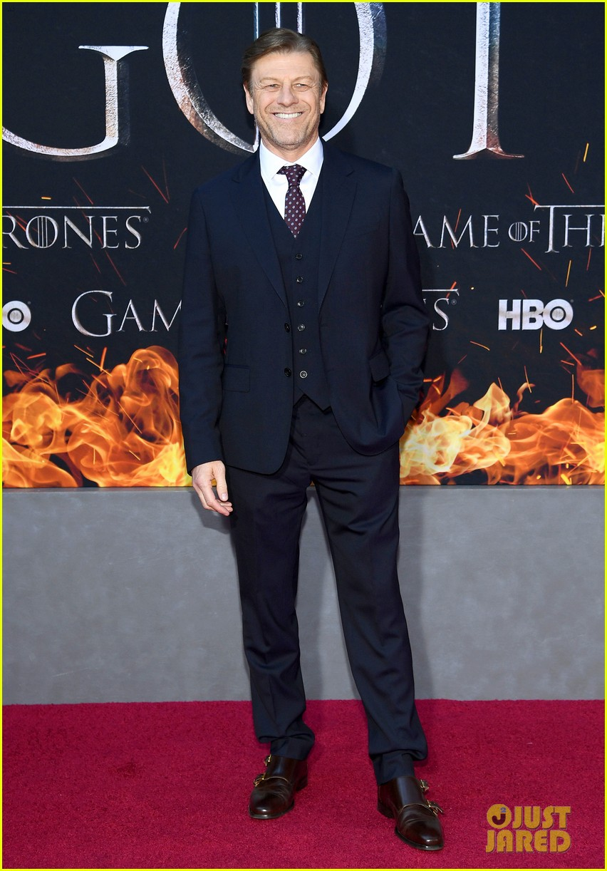 jason momoa and peter dinklage join game of thrones cast at season 8 premiere 29