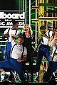 kelly clarkson billboard music awards opening 06