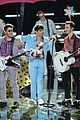 the voice jonas brothers finale performance 05