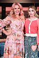 emma roberts on looking like her aunt julia roberts a lot of teeth 02