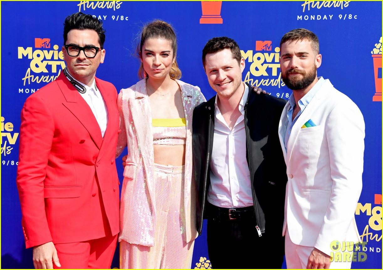 Dan Levy & Annie Murphy Bring 'Schitt's Creek' to MTV Movie