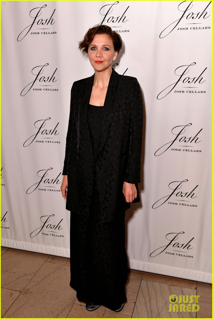 maggie gyllenhaal steps out for josh cellars fathers day event 09