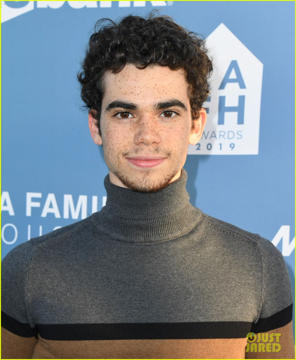 cameron boyce dies at 20 02