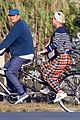 katy perry orlando bloom bike ride in france 04