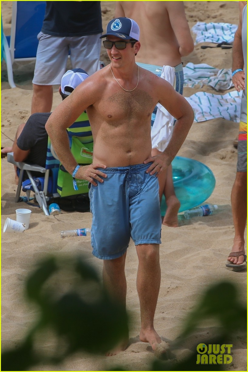 miles teller nina dobrev at the beach hawaii 04