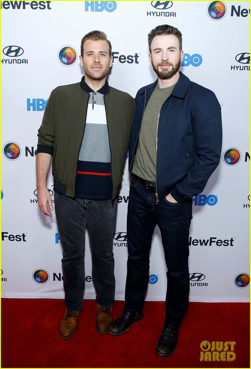 http://cdn02.cdn.justjared.com/wp-content/uploads/2019/10/chris-newfest/chris-evans-supports-brother-scott-evans-sell-by-premiere-10.jpg
