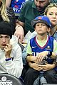 kate hudson cheers on clippers with her sons at lakers game 03