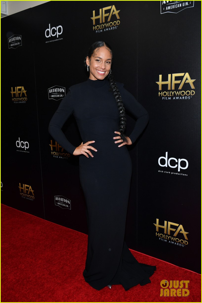 alicia keys honors pharrell williams letter to my godfather at hollywood film awards 2019 15