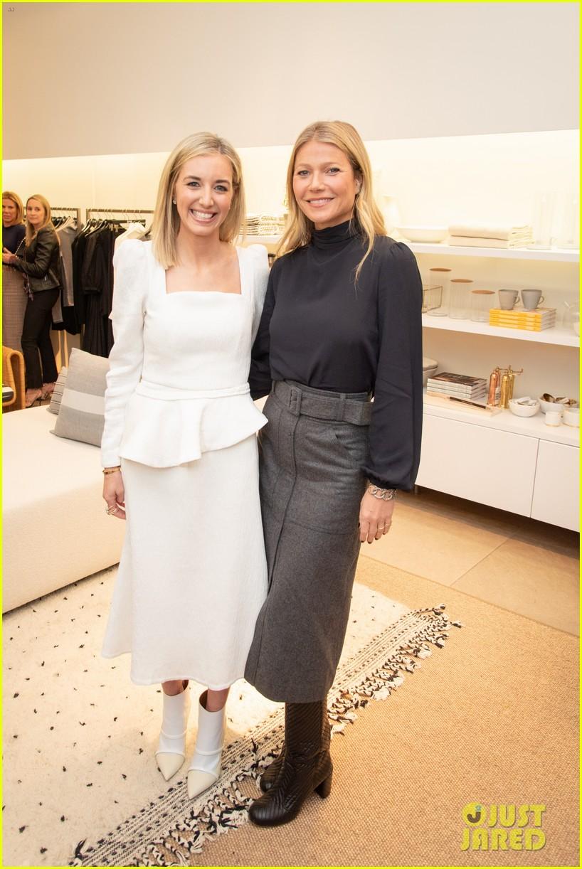 gwyneth paltrow hosts launch of goop market chicago 05