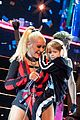 christina aguilera brings out summer out on stage london concert 04