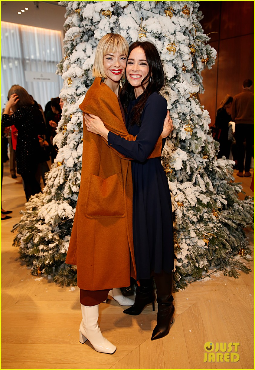 brooks brothers holiday party 33