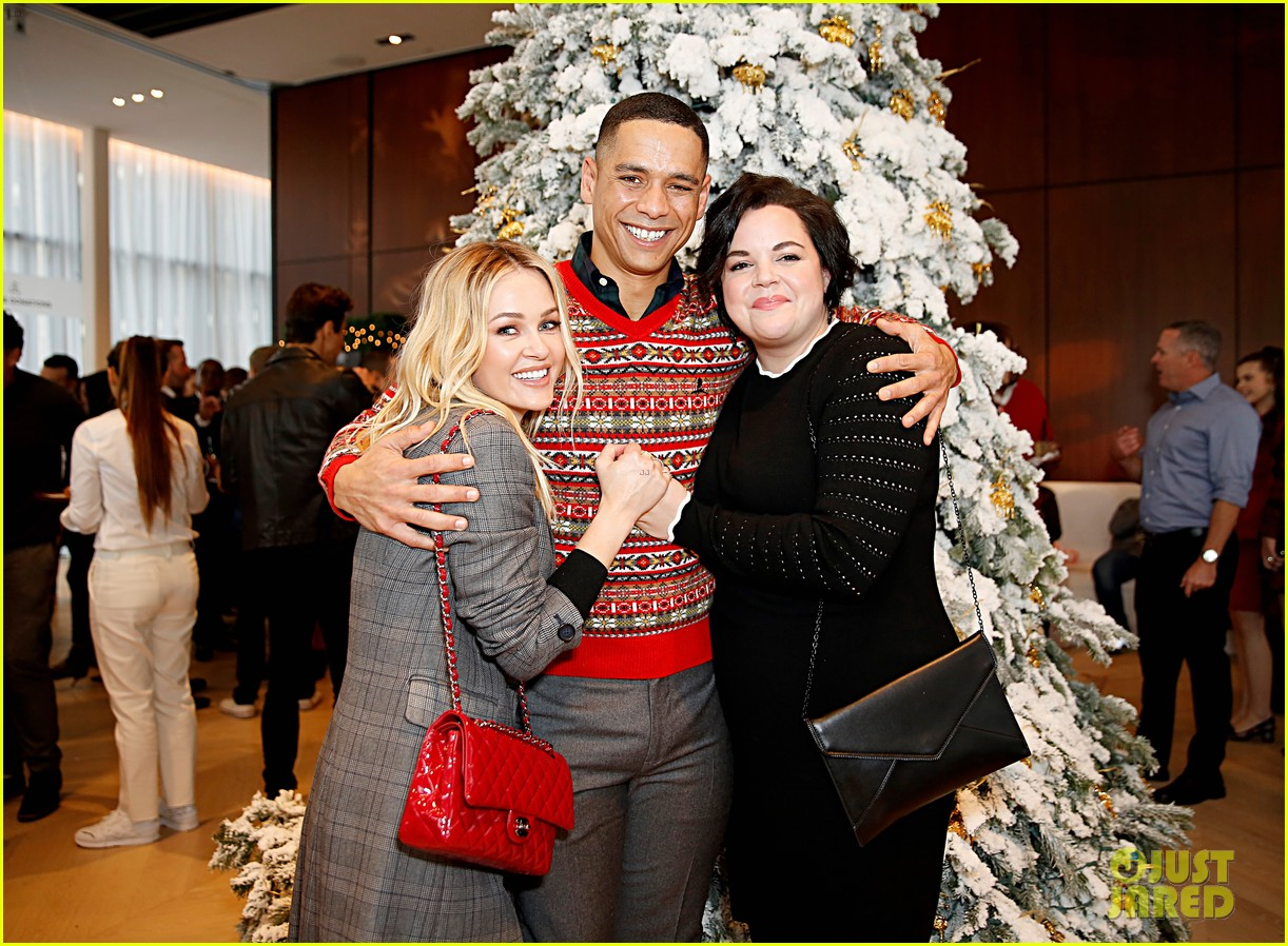 brooks brothers holiday party 36