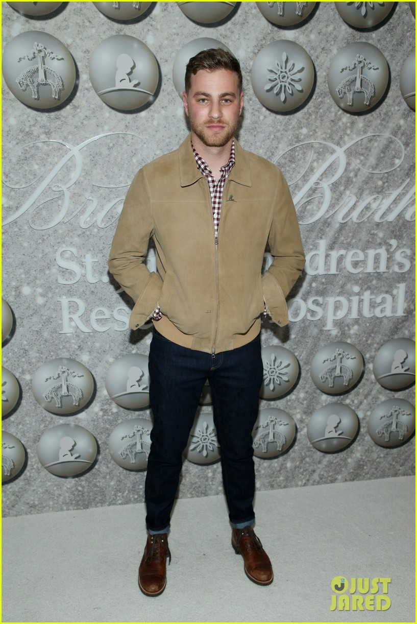 brooks brothers holiday party 37