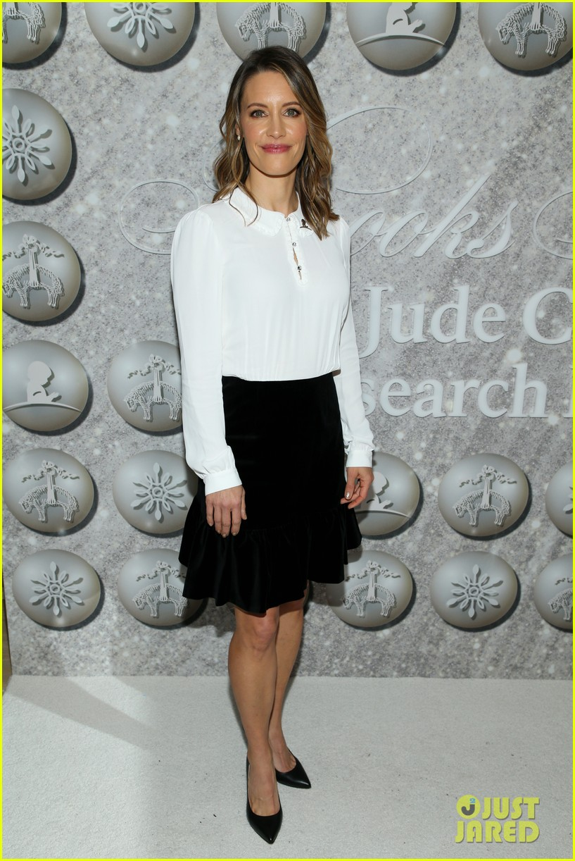 brooks brothers holiday party 39