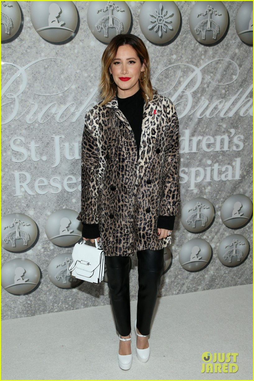 brooks brothers holiday party 48