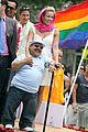 chelsea handler pays tribute to chuy bravo 01