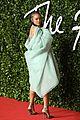 rihanna in fenty at fashion awards 2019 09