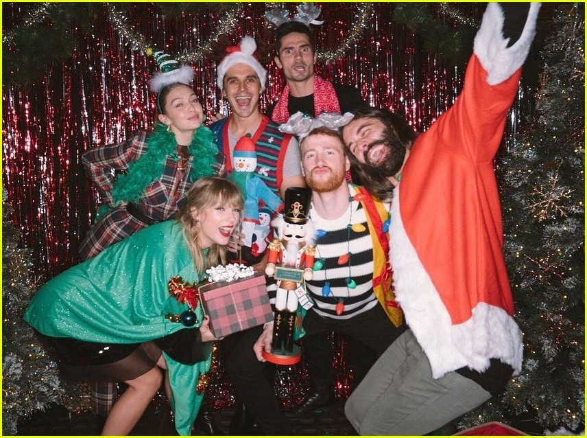 taylor swift birthday party inside 03