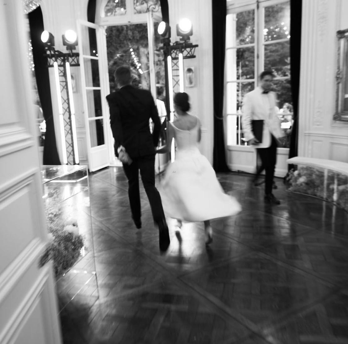 Zoe Kravitz News: Full Sized Photo Of Zoe Kravitz New Wedding Pics Karl