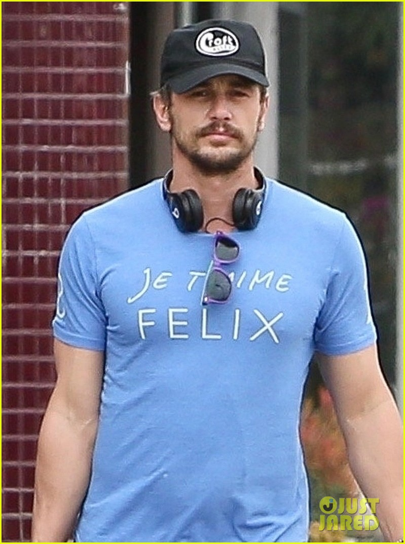 james franco goes grocery shopping with a female friend 02