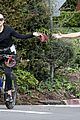 kate hudson danny fujikawa enjoy bike ride amid coronavirus concerns 01
