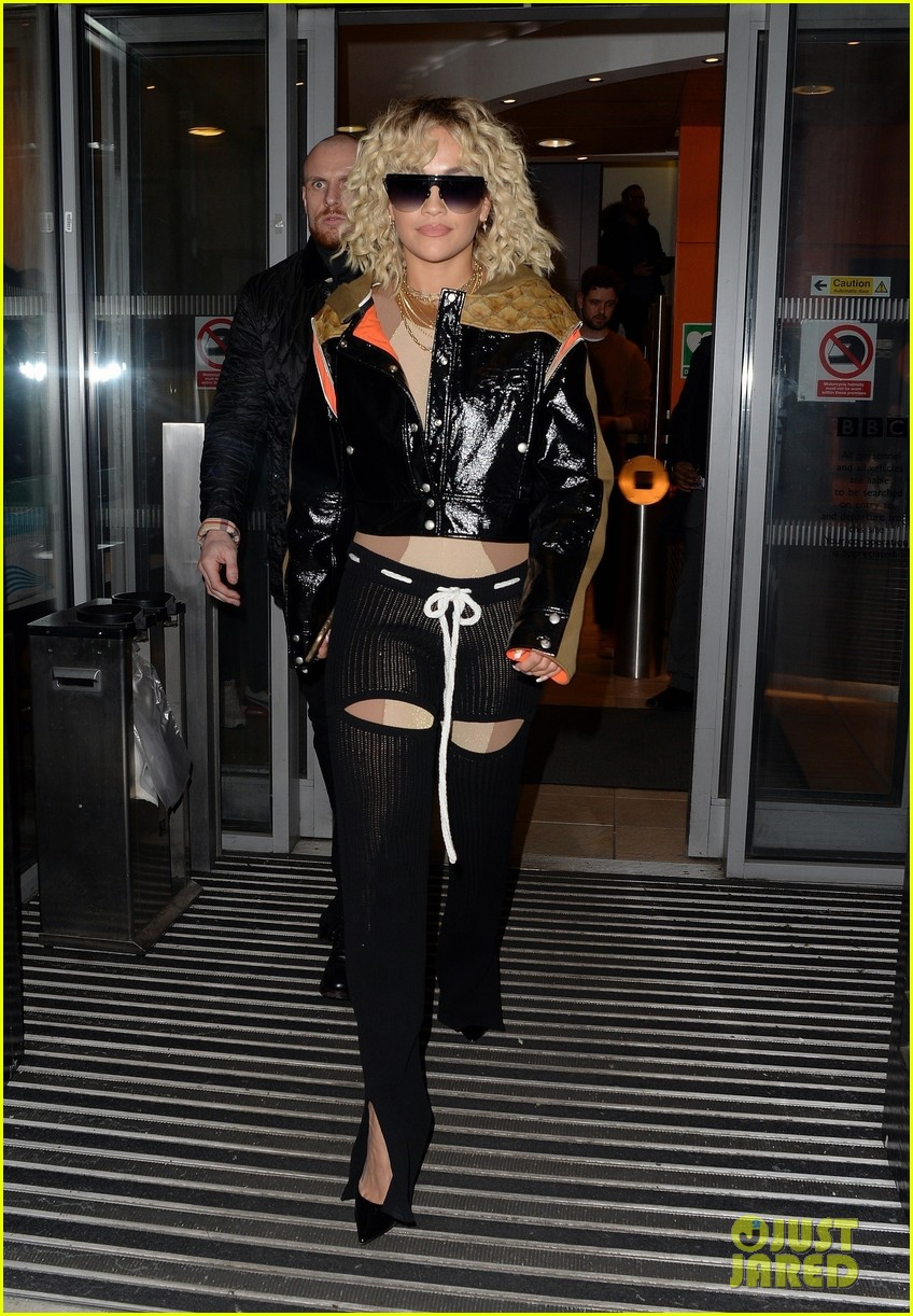 rita ora steps out to promote how to be lonely despite coronavirus concerns 05
