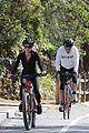 dennis quaid biking with fiancee laura savoie 22